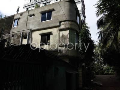 An Apartment Is Ready For Rent At Halishahar , Near Baitul Akbar Jame Masjid.