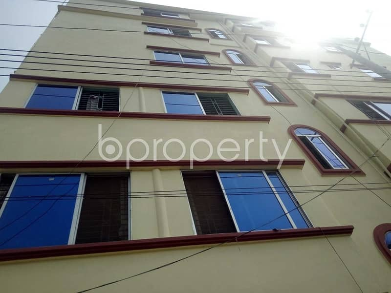 Near Patenga Mahila College, Shop for rent in Patenga