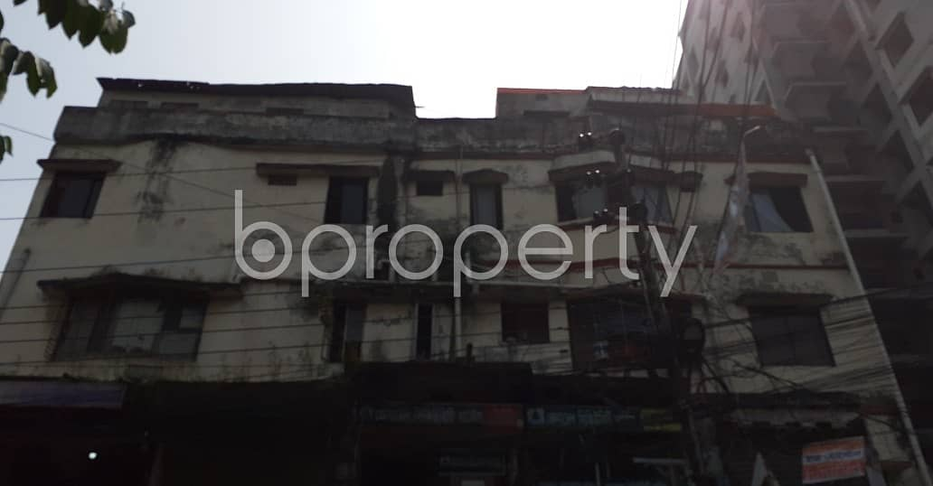 Visit This Residential Building For Sale In Dhanmondi Near Queen's School & College.