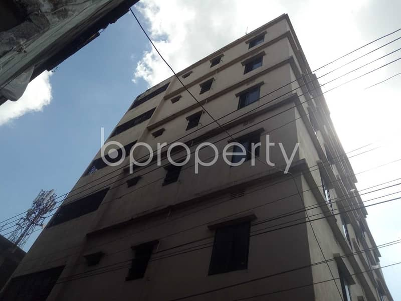 An Apartment Is Ready For Rent At Tulatali, Near Badsha Jame Masjid.