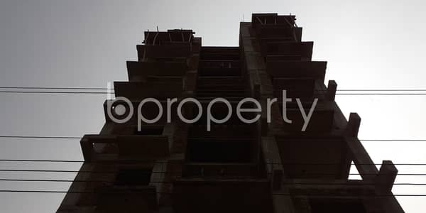 1750 Square Feet Apartment Is For Sale In Bashundhara R-A Near Madinatul Ulum Madrasa Masjid.