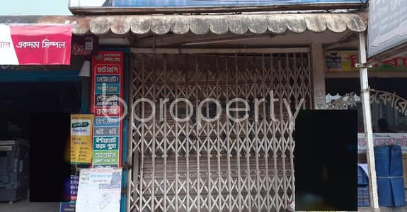 A Shop Is Up For Rent In Rupnagar R/A Near Rupnagar Jame Masjid.