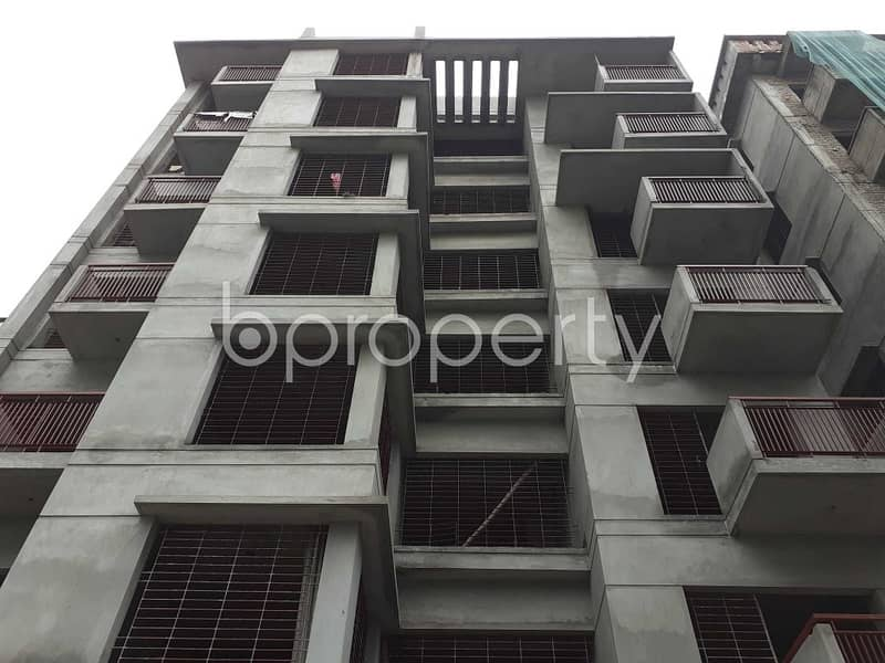 This 1538 Sq. Ft Apartment For Sale In Bashundhara R-A Near Viquarunnisa Noon School and College.