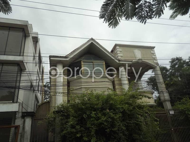 Visit This Duplex Flat For Rent In Nikunja 1, Nearby Nikunja-1 Jame Mosjid