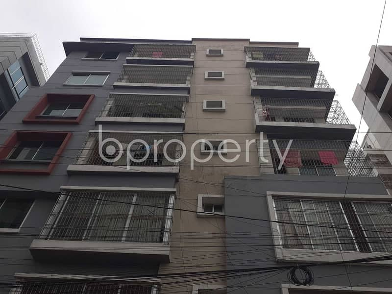 Visit This 1943 Sq. Ft Apartment For Sale In Bashundhara R-A Near Apollo Hospitals.