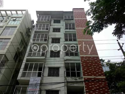 Properly Constructed Flat For Sale In Bashundhara, Near Baitul Jannat Jame Masjid