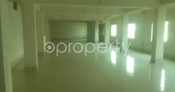 Floor for Rent in Mohammadpur, Dhaka - A Commercial Space Is Available For Rent In Katashur Nearby Alhaj Makbul Hossain University College.
