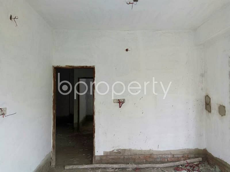 A flat is Available for Sale at Pahartali nearby Saraipara City Corporation High School