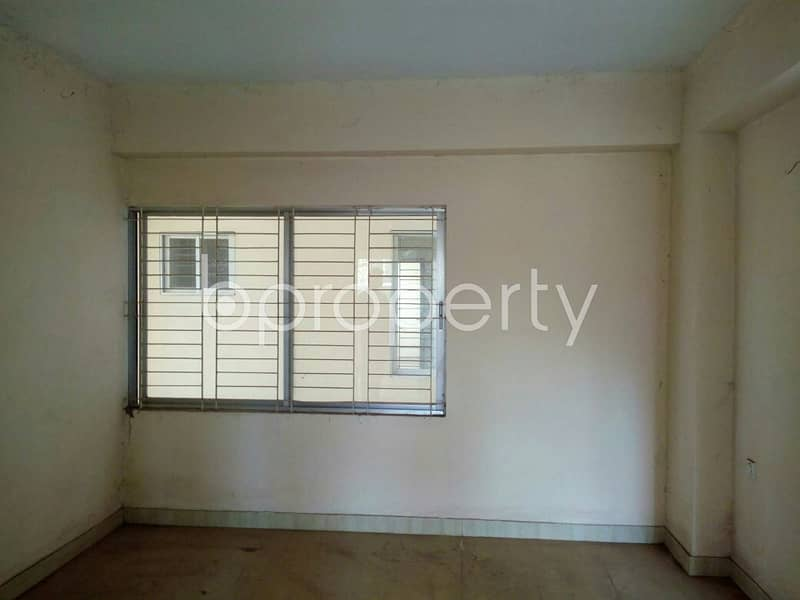 A Well Defined Flat Of 1515 Sq Ft In Halishahar Housing Estate, Is Available For Sale