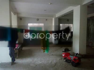Floor for Sale in Mirpur, Dhaka - Set up your new office in the location of Rupnagar nearby Kazi Farms Kitchen is prepared for sale