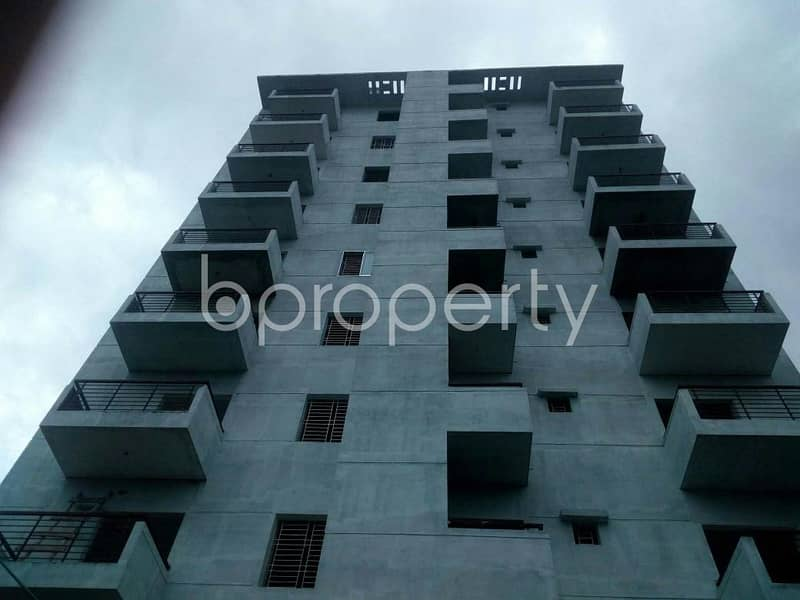 An Apartment Of 950 Square Feet Is Up For Sale At Dakshin Khan Near To Goalteak Jame Mosque.