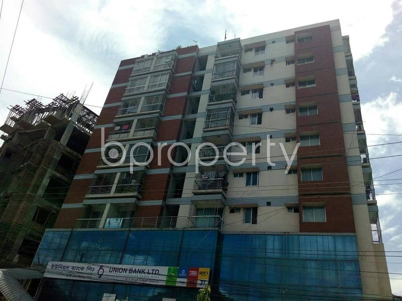 This Ready Apartment At Pahartali , Near Padma Pukur Jaame Masjid Is Up For Sale.