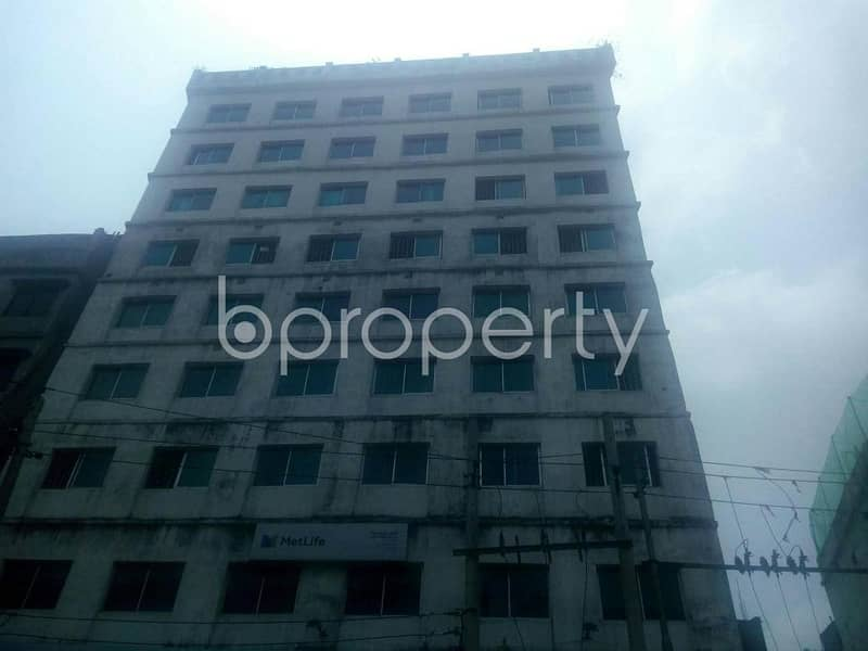A 5200 SQ Ft office space is for rent which is located in DIT Road, nearby Jamuna Bank Limited