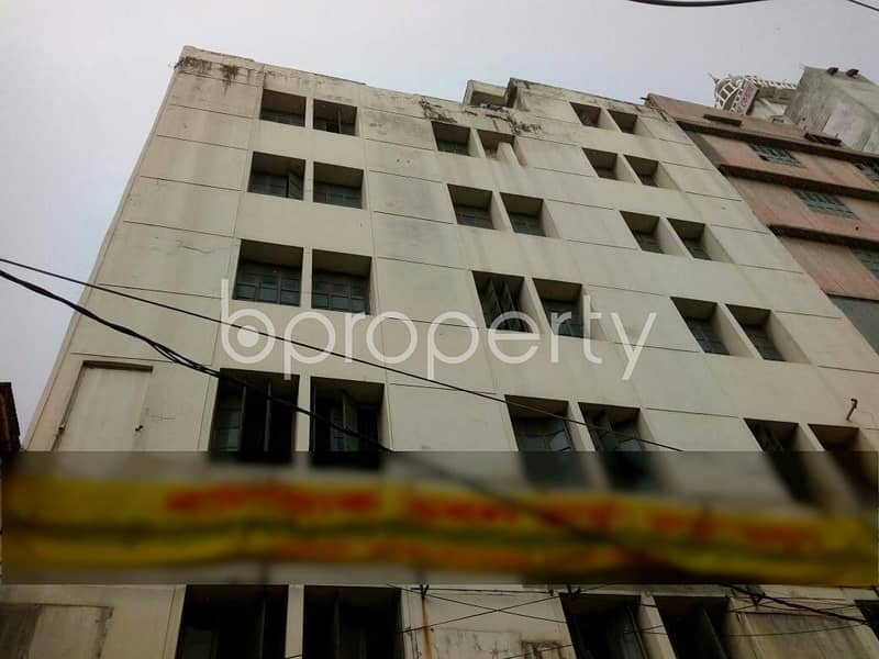 Check this lucrative office space up for rent in Mirpur near to Mirpur Bangla Higher Secondary School