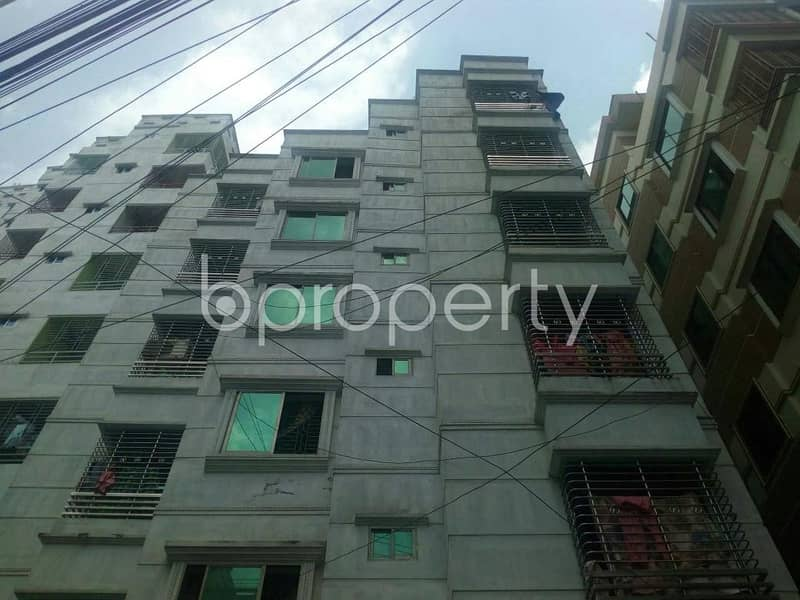 At Kandirpar flat for Rent close to Jame Masjid