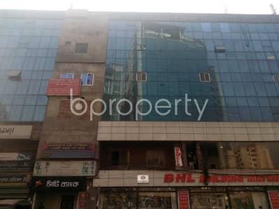 Shop for Sale in Banglamotors, Dhaka - This shop is up for sale in Banglamotors near to Banglamotor Jama Masjid