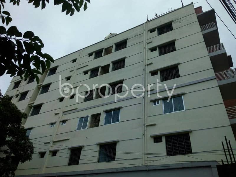 An apartment for sale is all set for you in Uttar Khan close to Chamurkhan Pashchim Para Masjid