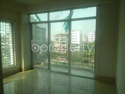 Be the owner of this beautiful flat of 1550 SQ FT which is vacant now for sale at Bashundhara R/A nearby NSU University