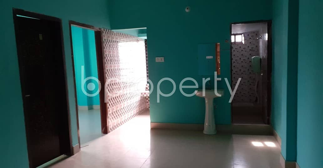 Make this 950 SQ FT flat your next residing location, which is up to Rent in Kattali near Pubali Bank