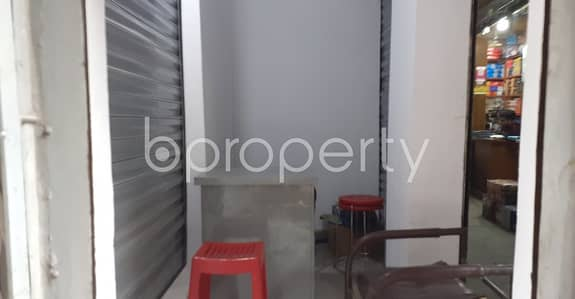 Shop for Rent in Bangshal, Dhaka - 40 Sq. Ft Shop Is Available For Rent In Bangshal Close To Bangshal Jame Masjid