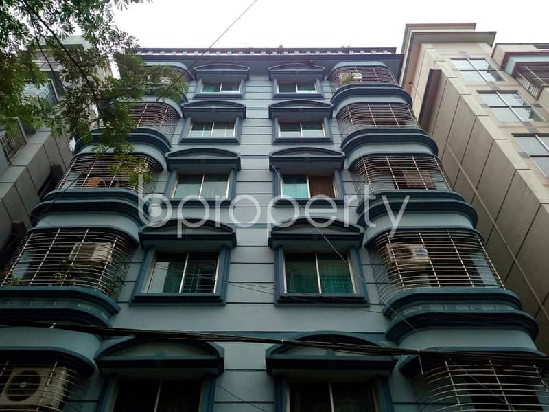 Near NSU 1500 SQ FT flat for rent in Bashundhara R-A