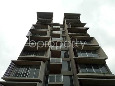 Apartment For Sale In Bashundhara, Near Apollo Hospitals