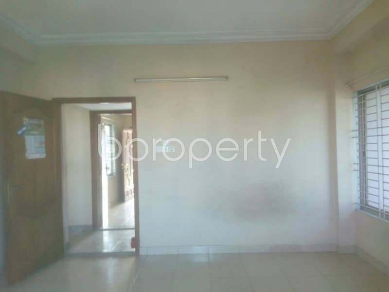 Apartment For Rent In Amirbag Residential Area, Near Amirbag Jame Mosjid