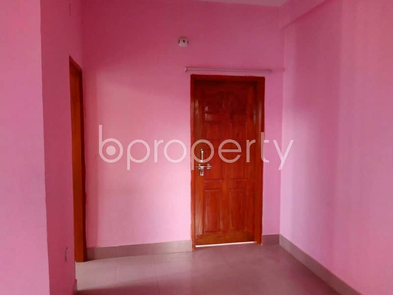 A Flat Is Up For Rent In Shiddhirganj Nearby Mizmizi Taltala Jame Masque