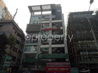 ভাড়ার জন্য এর দোকান - বনানী, ঢাকা - This shop is up for rent in Banani near Aarong Banani