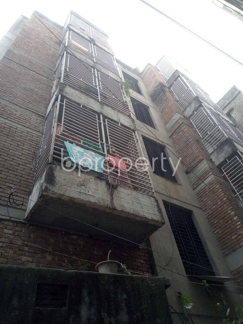 Create Your New Home In A Nice Flat For Rent In Badda, Near Nurer Chala Bazar Masjid