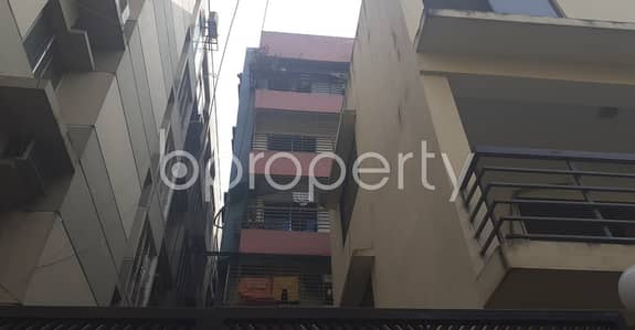 An Apartment Is Ready For Rent At Dhanmondi , Near Junior Laboratory High School.