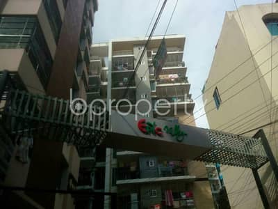 At Chawk Bazaar, flat for Rent close to Chawk Bazaar Jame Masjid