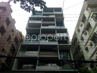 An Apartment Which Is Up For Rent At Banani Near To Banani Chairmanbari Masjid.