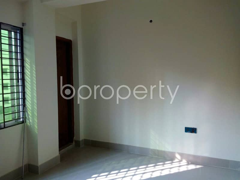 Obtain Your New Residence At This Flat Up For Rent At Chadra Nagar R-a Nearby Abu Darda Jamgee Masjid