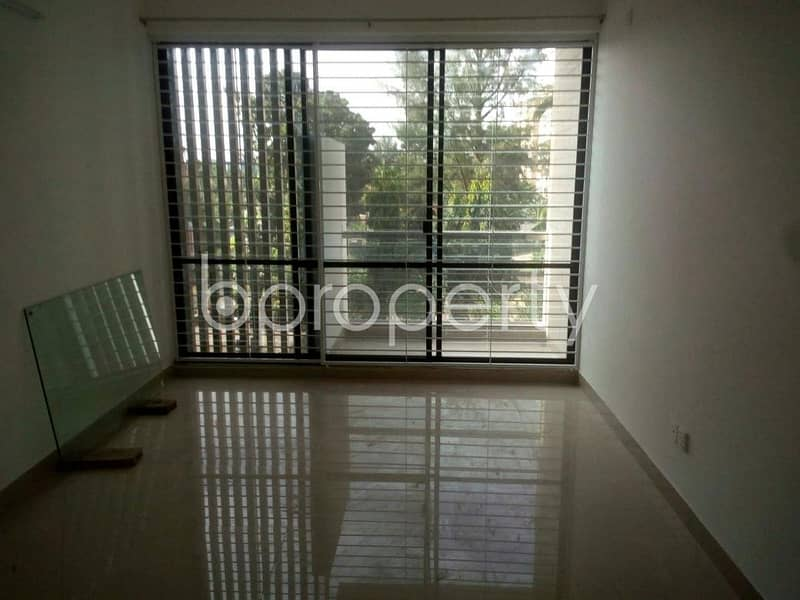 Obtain Your New Residence At This Flat Up For Rent At Pathantula Nearby Jalalabad Ragib-rabeya Medical College & Hospital