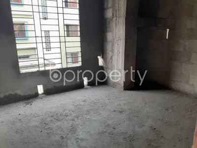 Reasonable 950 SQ FT flat is available for sale in Jatra Bari near to AB Bank