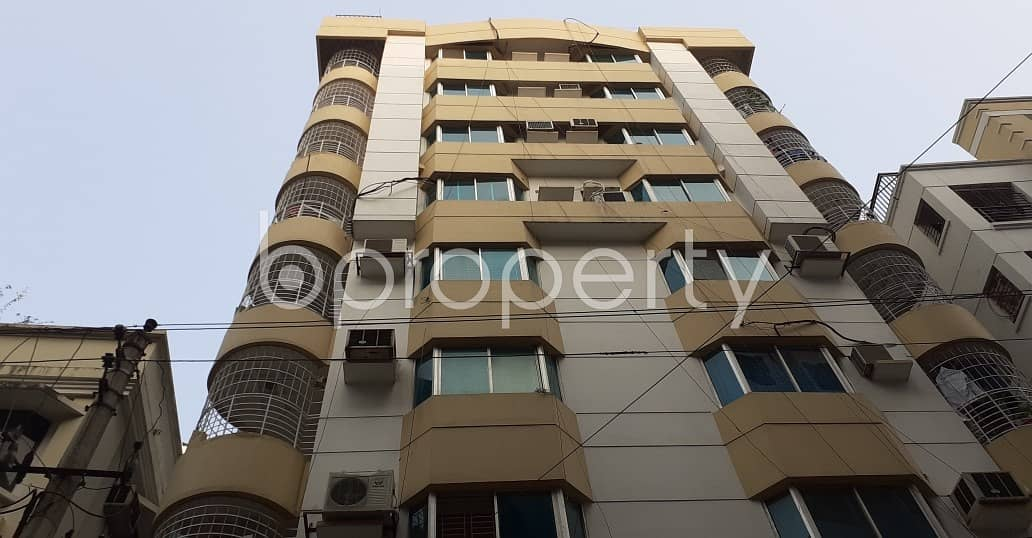 An Apartment Which Is Up For Sale At Niketan Near To Niketan Central Jame Mosjed.