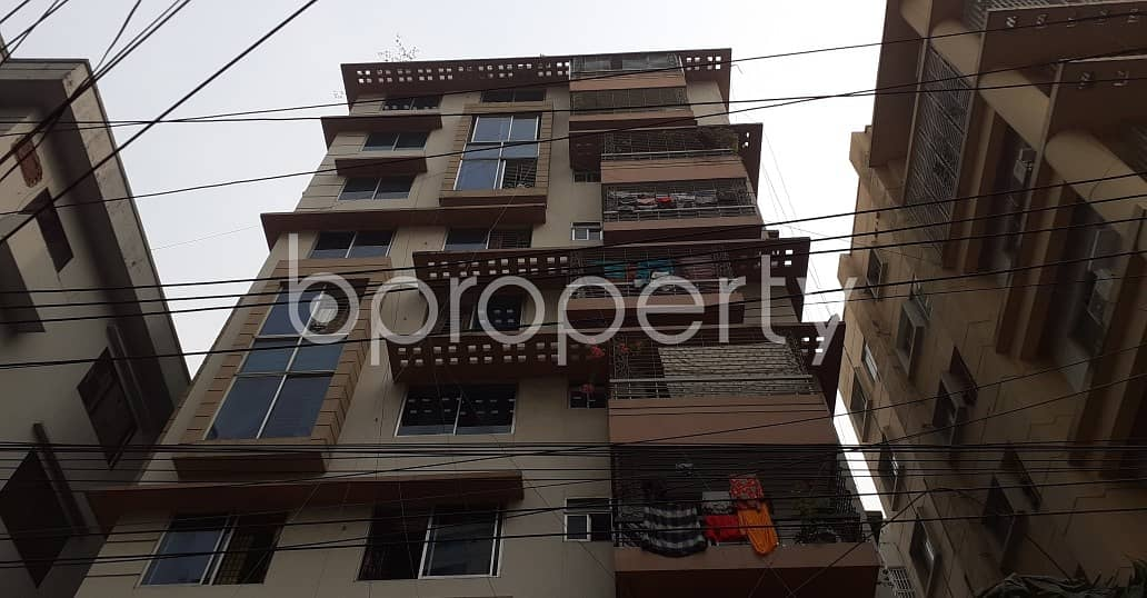 At New Market, flat for Rent close to DBBL ATM