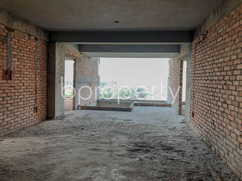 A Spacious Apartment Which Is Up For Sale At Bashundhara R-A Near To North South University