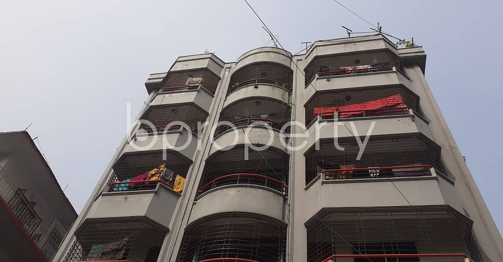 Reside Conveniently In This Well Constructed Flat For Rent In Lalmatia, Near Lalmatia Mohila College