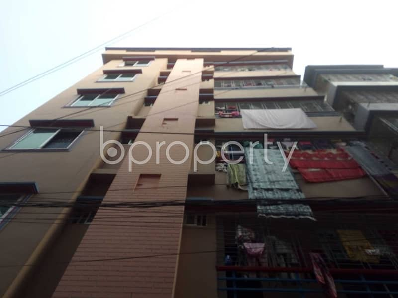 Near Gazipur Jame Masjid, flat for rent in Gazipur