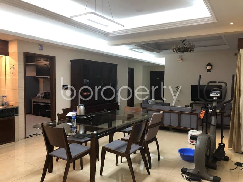 A Grand Apartment In Gulshan Near Nordic Club Is Up For Rent