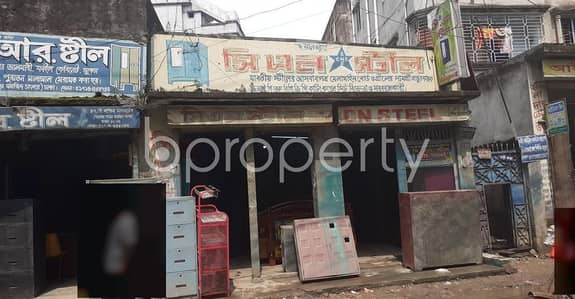 A Shop Is Up For Rent In Madartek Near Bashabo Mohashorok Jame Masjid.