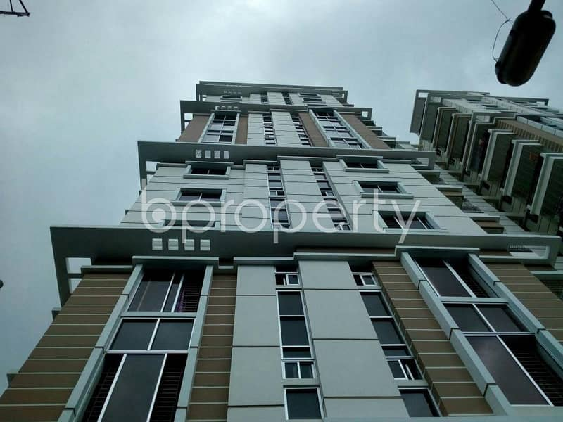 At Cumilla flat for Rent close to Police Line Jame Masjid