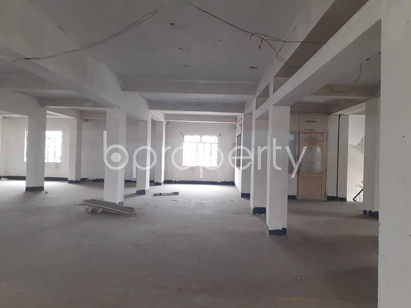 A Commercial Space Is Available For Rent In Kafrul Nearby Uttar Kafrul Jame Masjid.
