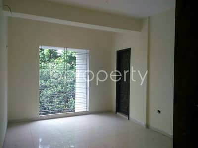 This ready apartment at Muradpur, near Southpoint School and College is up for sale.