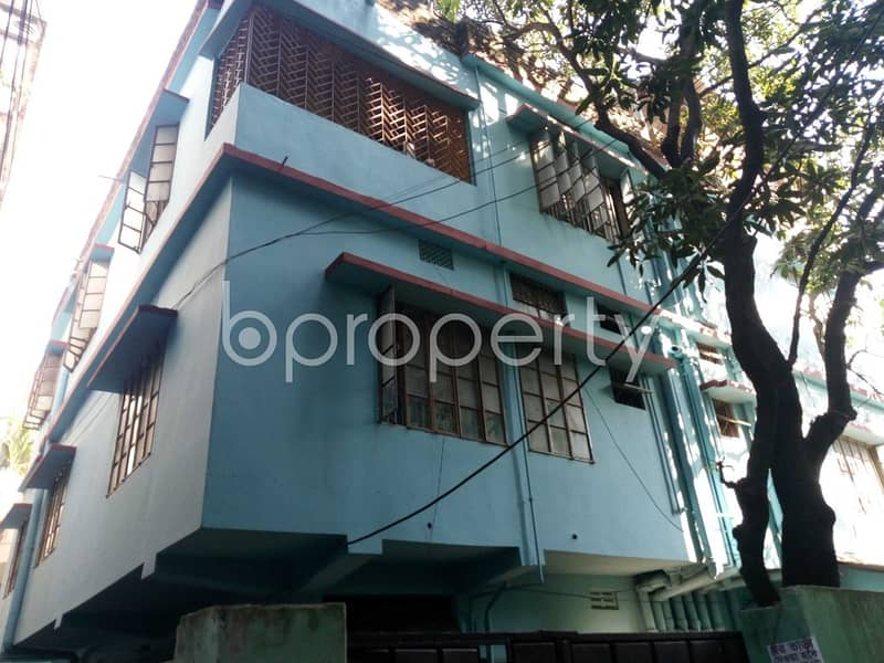 An Apartment Is Ready For Rent At Halishahar , Near Cambrian School And College.