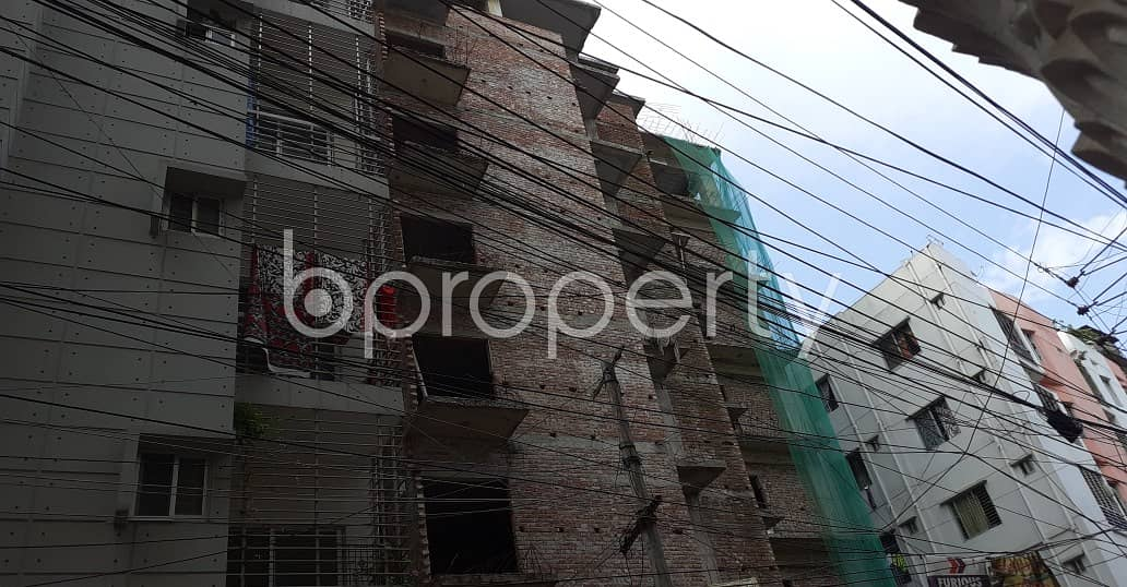 An Apartment Which Is Up For Sale At Dhanmondi Near To West Dhanmondi Jame Masjid.