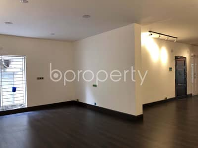 Well Planned Apartment for Rent in Gulshan 1 near Gulshan 1 DCC Market