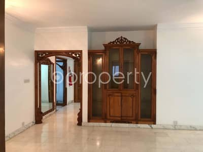 Remarkable Flat Is Up For Rent In Gulshan 2, Nearby Scholastica School